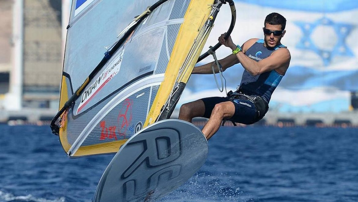 What I've learned about success in football from olympic medalist in wind-surfing?